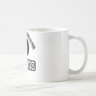 Kall boll som leker sportdesigner kaffemugg