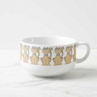 Kall katt stor kopp för soppa