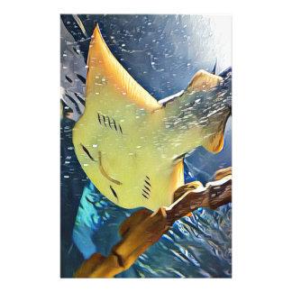 Kall konstnärlig undersida av stingrayen stationär