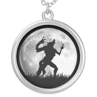 Kall omformning för fasaWerewolffullmåne - Silverpläterat Halsband