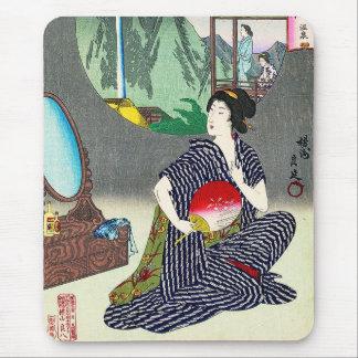 Kall traditionell japansk woodprintgeishakonst mus matta