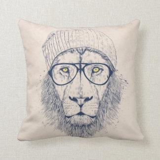 Kallt lejont prydnadskuddar
