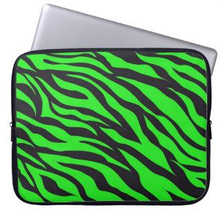 Kallt moderiktigt mönster för zebra ränder för laptop datorskydd