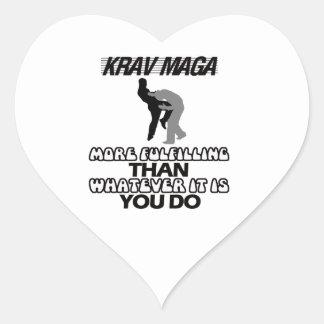 kallt och tendera Krav magadesigner Hjärtformat Klistermärke