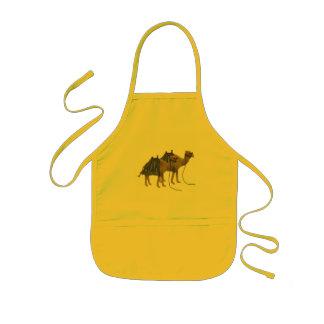Kamel i öknen barnförkläde