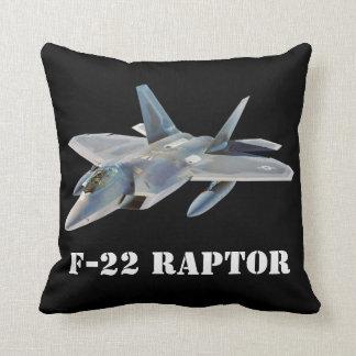 Kämpejet för rovfågel F-22 på svart Kudde