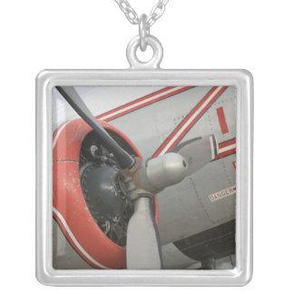 Kanada Alberta, Edmonton: Alberta flyg Silverpläterat Halsband