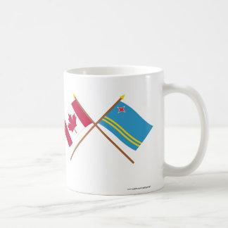 Kanada och Aruba korsad flaggor Vit Mugg