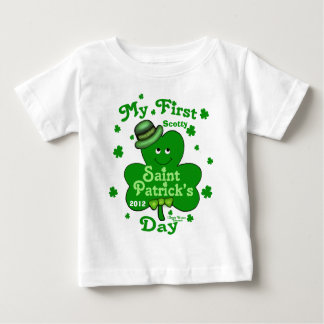 Kända pojke för anpassningsbar första Sts Patrick T-shirt