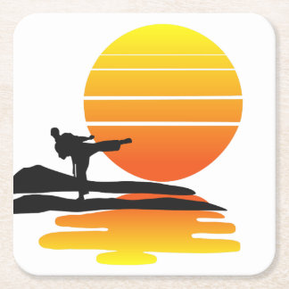 Karate på solnedgångkustfartyget underlägg papper kvadrat