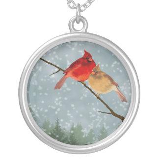 Kardinaler i snöhalsbandet silverpläterat halsband