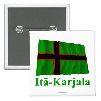 Karelia som vinkar flagga med namn i finska knapp