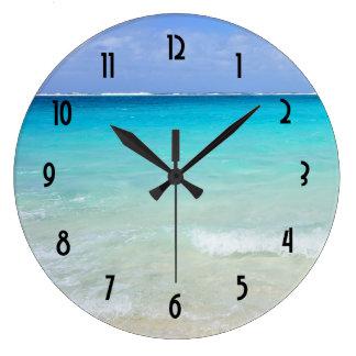 Karibisk tropisk strand för Azure blått Stor Rund Klocka