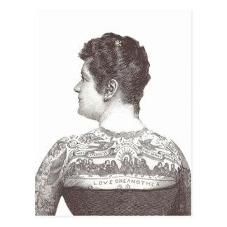 """""""Kärlek en Another"""" tatuerad Victoriankvinna Vykort"""