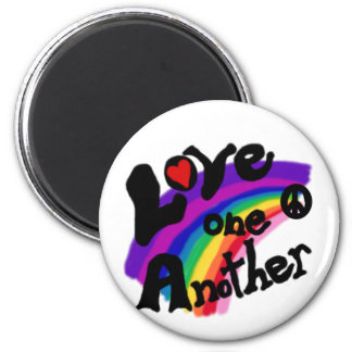 Kärlek en en annan regnbåge magnet