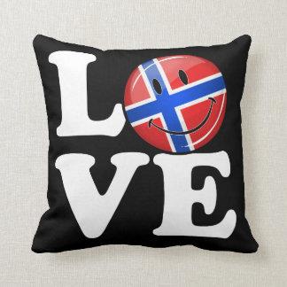 Kärlek från norge som ler flagga prydnadskudde