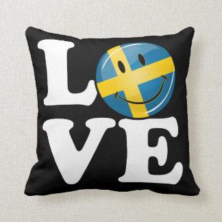 Kärlek från sverige som ler flagga kudde