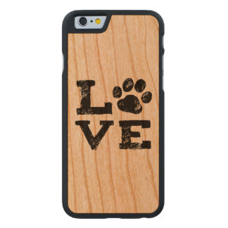KÄRLEK med hundtasstrycket Carved® Körsbärsträ iPhone 6 Fodral