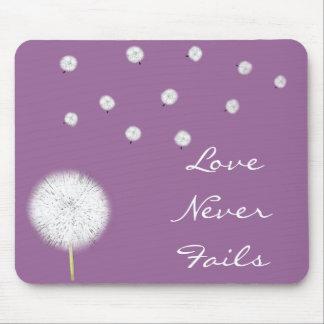 Kärlek misslyckas Dandelion1 aldrig Corinthians 13 Musmatta