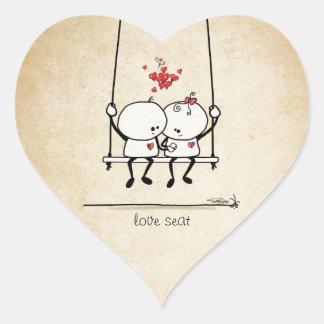 Kärlek placerar för två hjärtformat klistermärke