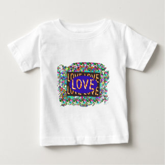 KÄRLEK skrivar:  Romantiskt uttryck T Shirts