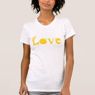 Kärlekliv i vintagevitguld och orange tee shirts