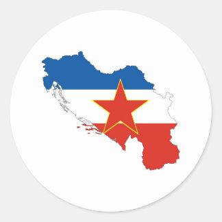 kartan för den yugoslavia landflagga formar runt klistermärke