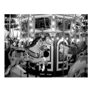 Karusell i monokrom vykort
