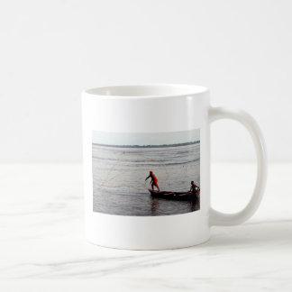 Kasta netto, Amazonet River Kaffemugg