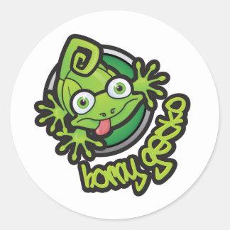 Kåt logotypfärg för Gecko 01 Runt Klistermärke