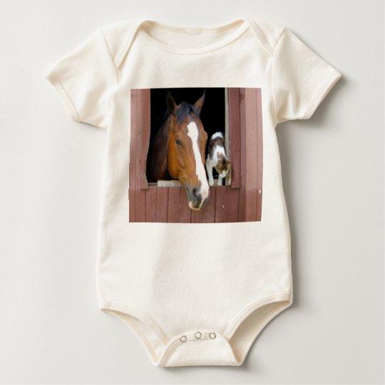 Katt och häst - hästranch - hästälskare bodies för bebisar
