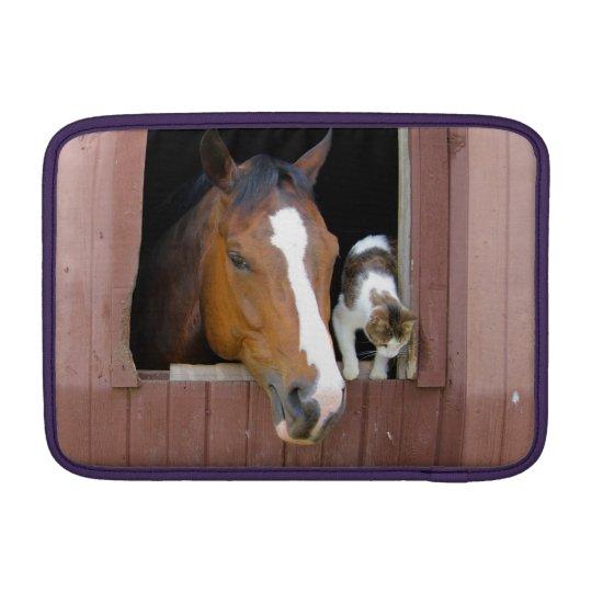 Katt och häst - hästranch - hästälskare MacBook air sleeve