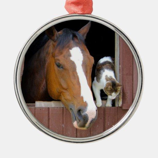 Katt och häst - hästranch - hästälskare rund silverfärgad julgransprydnad