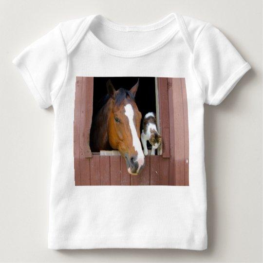 Katt och häst - hästranch - hästälskare t-shirts