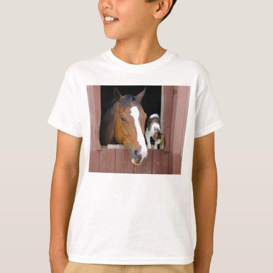 Katt och häst - hästranch - hästälskare tee shirt