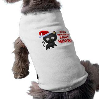 Katten önskar julklappar som höger jamar långärmad hundtöja