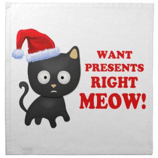 Katten önskar julklappar som höger jamar näsdukar