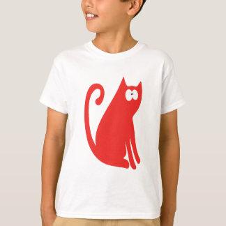 Katten sitter och ser tillbaka röda Wtf ögon Tshirts