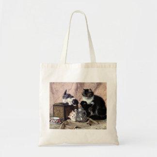 kattkattungar som leker antik målning för teaparty tygkasse