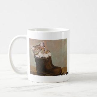 "Kattunge i en känga ""pälsfodrar "", kaffemugg"