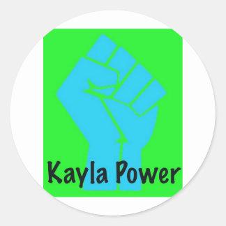 Kayla driver runt klistermärke