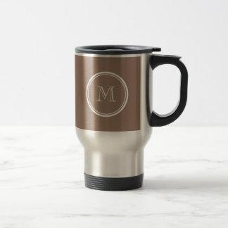 Kicken för personligbäverbrunt avslutar kulört kaffe koppar