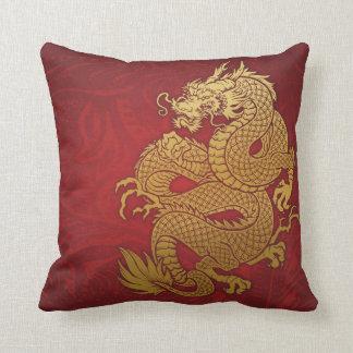Kinesisk drakeguld och rött prydnadskudde