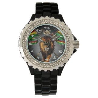Kinesiskt jamaikanskt lejont är kungklockan armbandsur