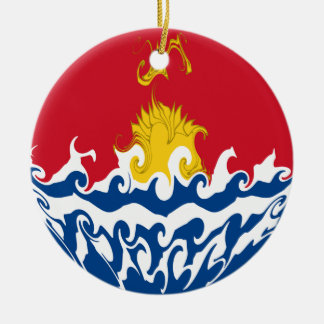 Kiribatisk Gnarly flagga Rund Julgransprydnad I Keramik