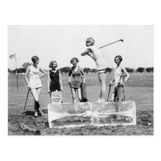 Klaffflickor som leker Golf, 1926 Vykort