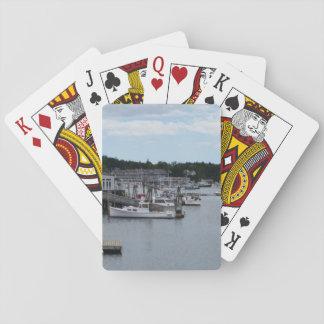 """Klassiker """"för strand"""" Boothbay hamn som leker Spelkort"""