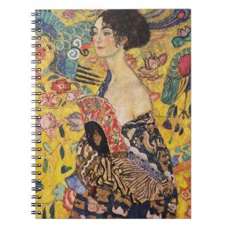 Klimt dam med fläktkonst anteckningsbok med spiral