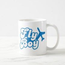 KLIPSK POJKE med flygplanjeten Kaffe Koppar