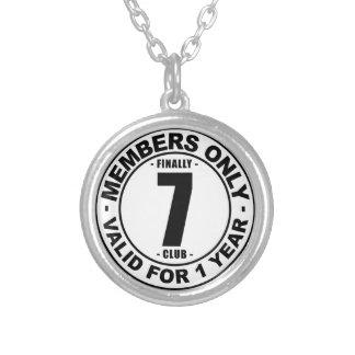 Klubb slutligen 7 silverpläterat halsband